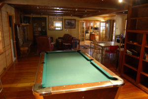 pool-table-300x200.jpg